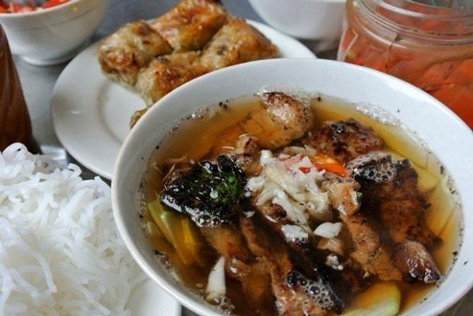 """8 món ăn bình dân Việt Nam khiến thế giới """"mê mệt"""" - 6"""