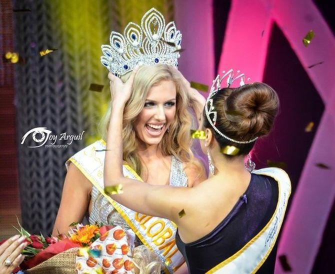 Người mẫu Australia đăng quang Hoa hậu Toàn cầu 2015 - Ảnh 2